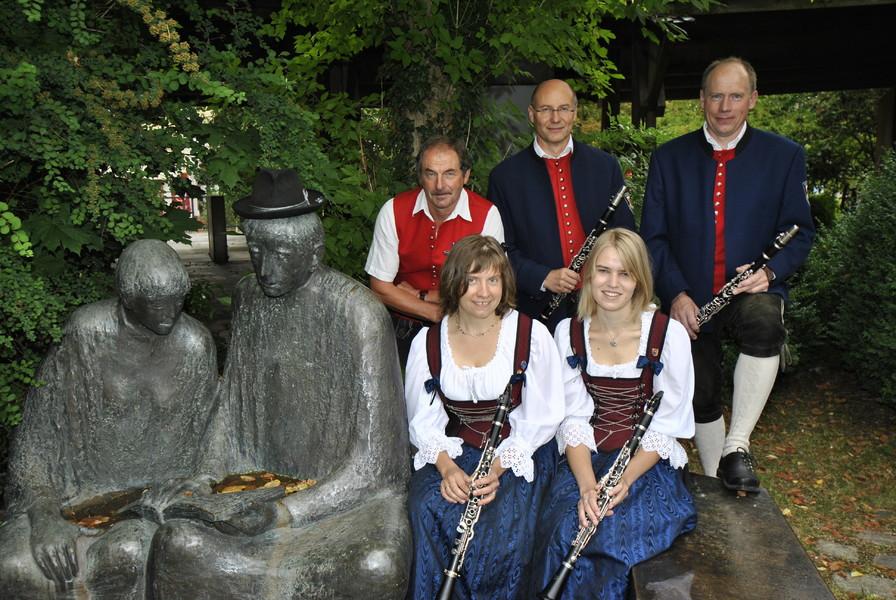Musikverein wiedergeltingen kapelle - Schnieder stuhle ...